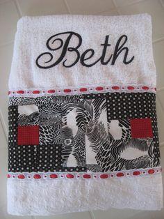 Toalha para minha amiga Beth, na técnica Cabana de Troncos.