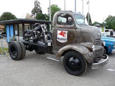 Chevrolet Trucks, Cool Trucks, Chevy Trucks, Pickup Trucks, Classic Trucks, Classic Cars, Mustang, Transporter, Vintage Trucks
