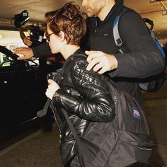 I still want this leather jacket  #kristenstewart