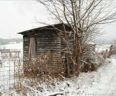 Corn Crib in southwester Virginia