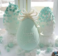 I like the ombre effect Cast Sugar Eggs
