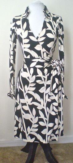Diane Von Furstenberg Dress (Pre-owned Jeanne Brambles Black Ivory Vintage Silk Wrap Dress)