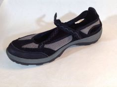 LANDS' END WOMENS MARY JANE WATER SHOES size 9 1/2