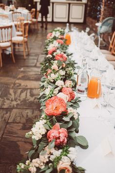 Coral Top Table Flowers |  English/Indian Fusion Wedding | Northbrook Park | Lemonade Pictures | http://www.rockmywedding.co.uk/riya-rich/