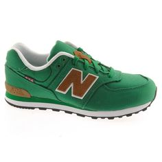 Classic New Balance - coolest kids shoe I've ever seen New Balance Style, Cool Kids, Trainers, Children, Classic, Sneakers, Clothes, Shoes, Fashion