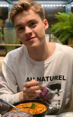 New Hope Club, A New Hope, Teen Boy Photography, Reece Bibby, Tumblr Boys, Handsome Guys, Babe, Husband, Celebs