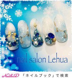 クリスマスネイル♡定額11,500円プラン|ネイルデザインを探すならネイル数No.1のネイルブック Nail Art Noel, Xmas Nails, Winter Nail Art, Christmas Nail Art, Bling Nails, Holiday Nails, Winter Nails, Navy Nails, Xmas Nail Designs