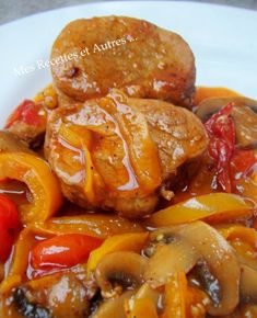 Filet Mignon with Paprika - My Recipes and Others . - A very comforting dish full of flavor…. Ingredients: a filet mignon of mushrooms 2 tomatoes - Filet Mignon Sauce, Filet Migon, Filet Porc, Pork Recipes, Cooking Recipes, Comida India, Comfort Food, No Cook Meals, Food For Thought