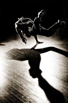 Breakdance by Subodh Bharati, via 500px