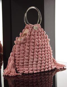 Matoohandmade  Crochet Pouch Crochet Pouch, Crochet Bags, Knitted Bags, Straw Bag, Handbags, Purses, Crafts, Crochet Purses, Crochet Tote