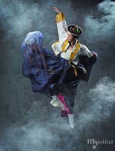 하늘하늘 선녀가 춤을 추듯 환상적인