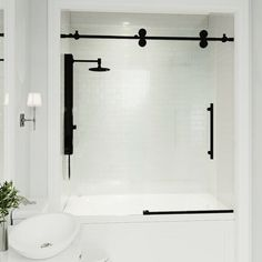 Bathroom some ideas, bathroom remodel, bathroom decor and master bathroom organization! Master Bathrooms may be beautiful too! From claw-foot tubs to shiny fixtures, these are the master bathroom that inspire me the most. Vigo Shower Doors, Bathtub Doors, Frameless Shower Doors, Bathtub With Glass Door, Sliding Shower Doors, Glass Bathroom Door, Small Bathroom With Tub, Bathroom Shower Doors, Bathtub Tile