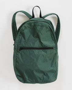 Baggu Ripstop Backpack Dark Sage - A hard working, lightweight backpack. Compacts into its own zip pocket, making it ideal for travel. Hippie Backpack, Travel Backpack, Lightweight Backpack, Idee Diy, Canvas Backpack, Bag Storage, Women's Accessories, Sage, Backpacks