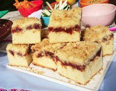 Torta alemana rellena con dulce de membrillo