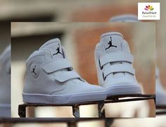 REPOST!!!  A pair of Imported luxurious Jordan sneakers for him.A signature of success and elegence.For orders[whatsapp:+919796553707][₹1449]#Watch #Imported #firstcopy #best #quality #price #fossil #ALDO #rolex #taghuer #brietling #leather #luxury #chronograph #likeforlike #likeforfollow #bestservices #black #diesel #Guess #like4like #like4follow #tag4like #tagsforlikes #armani #leather #luxury #India #jordan  Photo Credit: Instagram ID @retailnett.01
