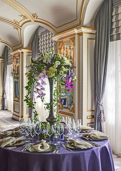 Regis New York Roof - Table Settings Italian Restaurant Decor, Restaurants, Italian Table, New York Hotels, House Of Beauty, 3d Home, House With Porch, House Landscape, Home Wallpaper