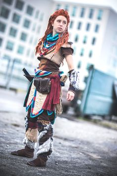 Aloy - Horizon Zero Dawn cosplay by Cosplayer: Ayanna Costumes & Crafts #horizonzerodawn #aloy #cosplay https://www.facebook.com/AyannaCostumesAndCrafts/photos/a.521289084566697.137452.515277065167899/2382133235148930/?type=3&theater