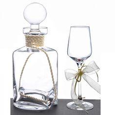 δισκοσ ποτηρι γαμου μεταλλικα - Αναζήτηση Google Wedding Glasses, Wine Decanter, Wedding Decorations, Wedding Ideas, Barware, Perfume Bottles, Magic, Weddings, Bride