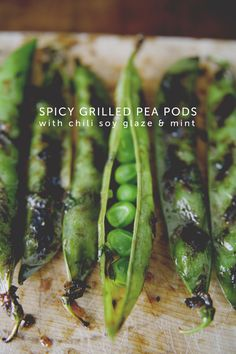 Spicy Grilled Pea Pods with Chili Soy Glaze and Mint by The Kitchy Kitchen #vegan  |  Sambazon