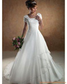 Robe de mariée pas chère avec col carré