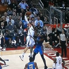 blake griffin dunks on kendrick perkins, embarassed perkins so much, he deleted his twitter