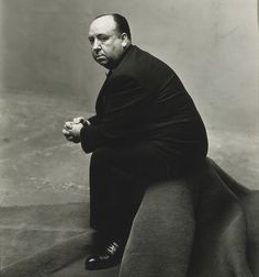 Irving Penn: Alfred Hitchcock (1947).