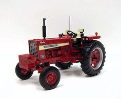 ERTL 1:64 CASE IH International Harvester 656 Hydro  Tractor