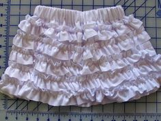 Homestitched: Ruffle Skirt Tutorial