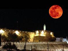 credit: Beau Schutz, September 28 near Tel Aviv, Israel · Blood Moon over Jerusalem Arte Judaica, End Times Prophecy, Israel Travel, Red Moon, Yellow Moon, Promised Land, Blood Moon, Super Moon, Holy Land