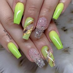 Natural Acrylic Nails, Best Acrylic Nails, Nail Pro, Nail Tech, Nail Polish Designs, Nail Art Designs, Bright Colored Nails, Gelish Nails, Luxury Nails