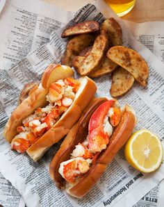 17 savory recipes, like Brown Butter Lobster Roll, that prove brown butter makes everything better. Lobster Bites Recipe, Lobster Roll Recipes, Lobster Rolls, Sandwich Recipes, Fish Recipes, Seafood Recipes, Cooking Recipes, Seafood Meals, Waffle Sandwich