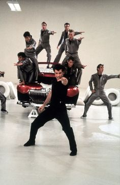 John Travolta as Danny Zuko & the T-Birds - Grease Danny Zuko, Grease 1978, Grease Movie, Grease Actors, Grease Musical, Movies Showing, Movies And Tv Shows, T Birds Grease, Grease John Travolta