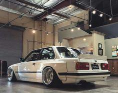 BMW E30 3 series white deep dish widebody slammed