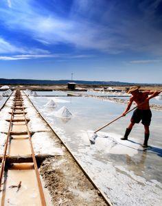 De zoutpannen van Piran (in Secovlje) volgens Travelvalley Visit Slovenia, Slovenia Travel, Explore Dream Discover, Bohinj, Central Europe, Tenerife, Trip Planning, Places To See, Travel Destinations