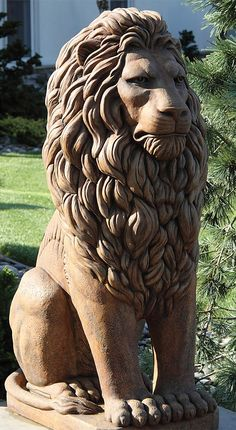 Commanding a regal and stately presence, our Grandessa Sitting Lion Sculpture watches guard over pristine garden sanctuaries, grand entranceways and driveways.