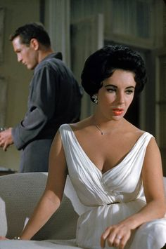Elizabeth Taylor's gorgeous dress & necklace, among my favorites of all time, in Cat on a Hot Tin Roof