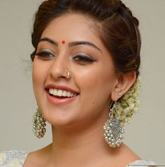 anu emmanuel unique faces actress pics south actress indian beauty indian wear bindi telugu life lessons