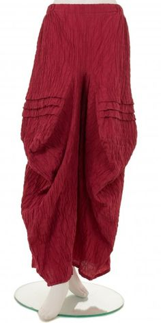 Wonderful raspberry three-dimensional pleats and folds lagenlook trouser from our  funky European designer, Turbulence.  Visit our webstore www.idaretobe.com