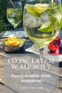 "CO PIĆ LATEM W AUSTRII? NATURALNIE ""GESPRITZTER""! White Wine, Alcoholic Drinks, Glass, Food, Drinkware, Corning Glass, Essen, White Wines, Liquor Drinks"