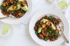 This vibrant vegetarian quinoa salad contrasts cool, sweet mango with corn and spices. Vegetarian Salad Dressings, Vegetarian Quinoa Salad, Mexican Quinoa Salad, Quinoa Salad Recipes, Vegetarian Recipes, Cooking Recipes, Healthy Recipes, Yummy Recipes, Quick Weeknight Dinners