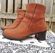 7ddedfdbb236 90s ankle boots size 7   Timberland chunky boots