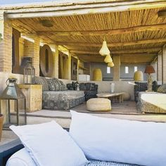 Feel welcome to our charming rooftop restaurant in the Marrakech Medina. Our roof terrace is the perfect spot to dine al fresco, sunbathe or just relax. Rooftop Terrace, Beautiful Sunset, Marrakech, Porches, Pergola, Hotels, Relax, Outdoor Structures, Couples