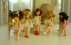 vintage-dancing-doll-ballerinas posted by Redlandspoodles.com