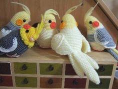 Calopsita feita em crochê  @Carol Markel Hagerty Jahn  make me one???