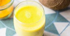 Drink This Ginger-Turmeric Mixture Before Bed to Clean Your Liver And Never Wake Up Tired Again - Healthy Food USA. How To Clean Gold With Turmeric Turmeric Golden Milk, Turmeric Milk, Clean Your Liver, Healthy Drinks, Healthy Recipes, Healthy Food, Healthy Eating, Drinks Before Bed, Turmeric Smoothie