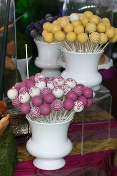 Colorful and Swirly Alice in Wonderland Cake Pops | Flickr - Photo Sharing!