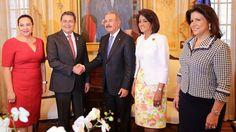 Danilo Medina recibe al presidente de Honduras
