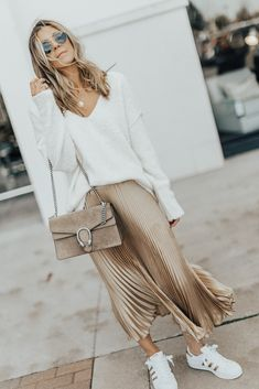 New gold metallic pleated long skirt maxi length winter spring golden metalic summer office work casual everyday ladies pleated skirt fall autumn high waist cute outfit ideas elegant white top blouse jumper look outfit for going out metallic street style fashion inspiration striped sweater pullover for special occasion #pleated #pleatedskirt #winter #winterfashion #spring #summer #streetstyle #fashion #gold #springstyle