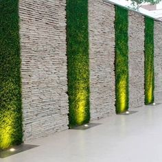 Go crazy with this Boundary wall decor ! naturalstone wallcladding by stoneideas homedecor udaipur tiles walltiles decorations nature indianstone www stoneideas in is part of Wall cladding tiles - Vertical Garden Design, Fence Design, Vertical Gardens, Exterior Wall Design, Exterior Wall Tiles, Yard Design, Backyard Patio Designs, Backyard Landscaping, Small Backyard Decks