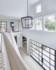 Beach house de estilo Hamptons en Amagansett, New York Beach Cottage Style, Beach House Decor, Home Decor, Interior Design Minimalist, Decor Interior Design, Modern Interior, Interior Designing, Design Loft, House Design